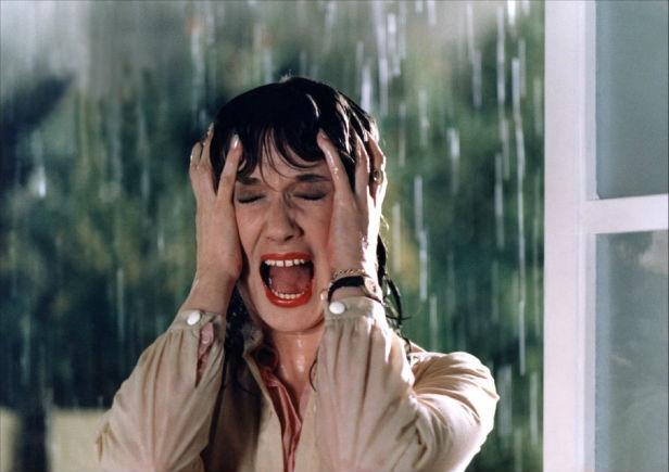 Daria Nicolodi, tenebrae, 1982, giallo, dario argento, slasher film