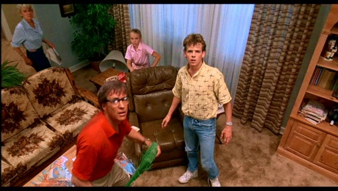 The Walsh family are attacked by their pet bird in A Nightmare On Elm Street Part 2: Freddy's Revenge